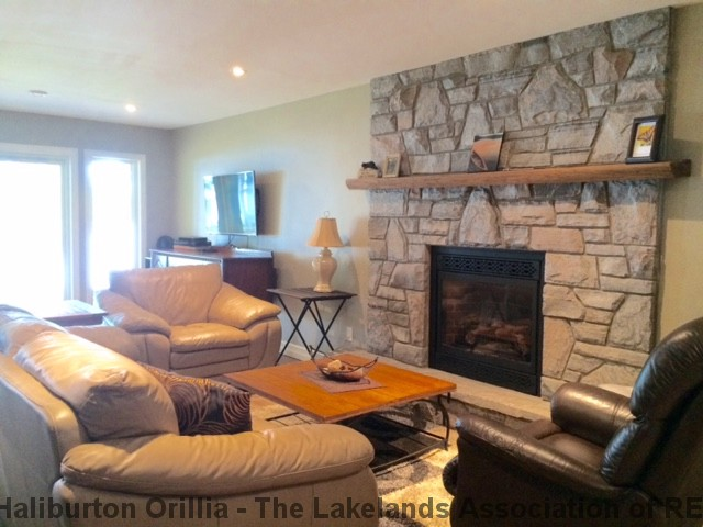 753 West Bear Lake Rd, Sprucedale Ontario